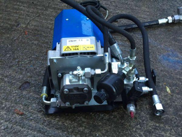 Manitou Hydraulic 16 AMP Generator 116